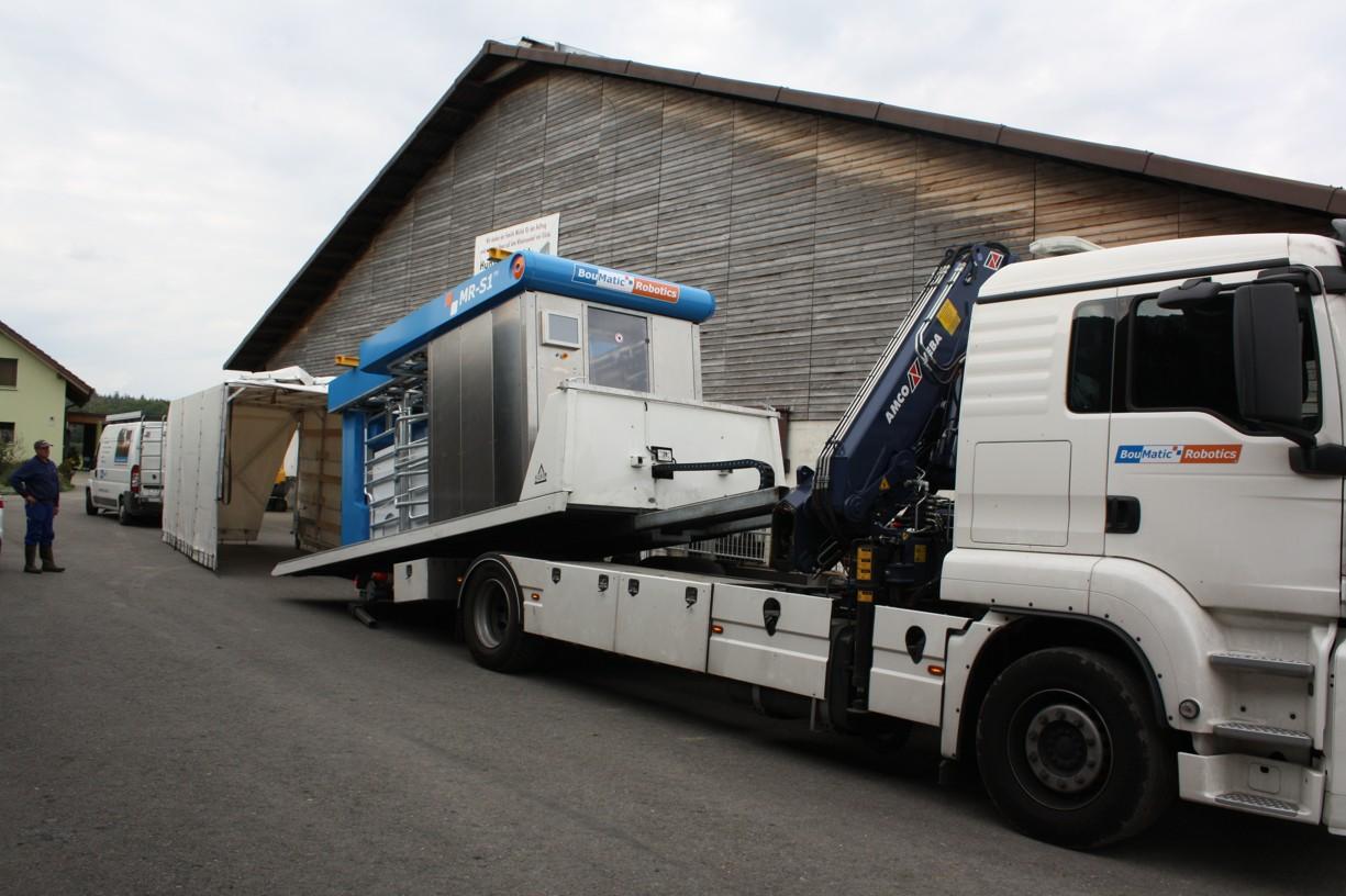 BouMatic Robotics Lastwagen abladen